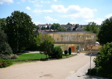Blick vom Kurhaus zur Mediathek